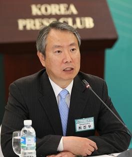 최진우 한국정치학회장